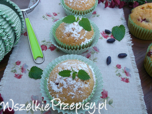 Muffinki jogurtowo - jagodowe