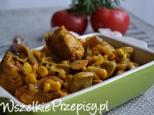 Kurczak z kukurydzą i pieczarkami w sosie curry