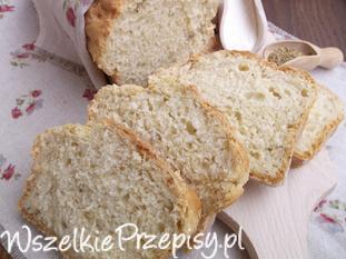 Chleb z ziemniakami i suszonym oregano.