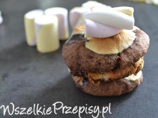 czekoladowe ciastka z pianką marshmallow