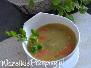 Zupa z czerwonej soczewicy z białą kiełbasą