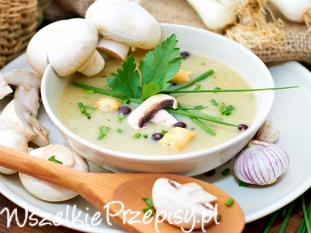 Tradycyjna zupa pieczarkowa