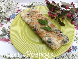 Wiosenny omlet z pokrzywami.