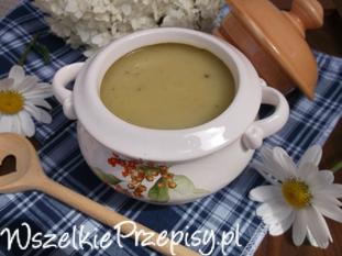 Zupa - krem z cukinii.