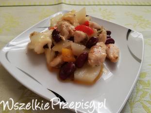 kurczak z fasolką oraz ziemniakami