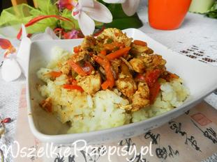 Kurczak po chińsku z ryzem