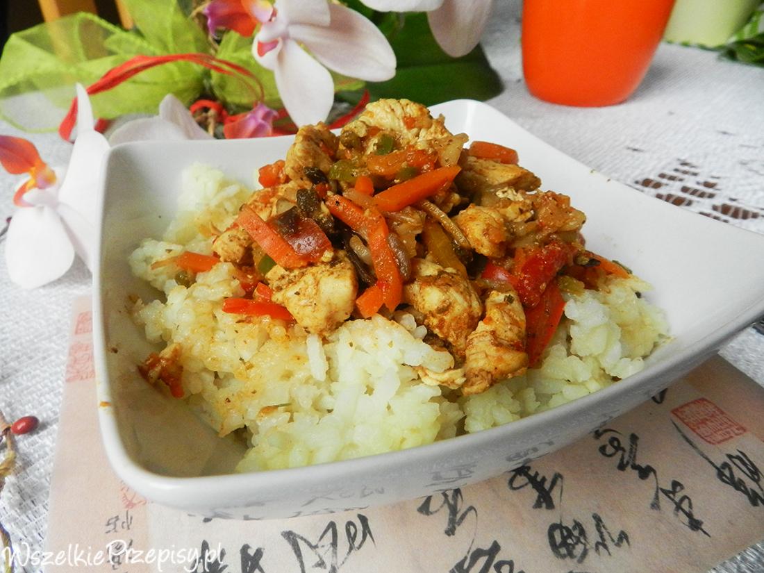 Kurczak Po Chinsku Z Ryzem Przepisy Kulinarne Wszelkieprzepisy