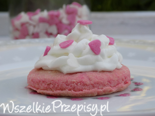 Różowe ciasteczka