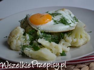 Kalafior z jajkiem sadzonym