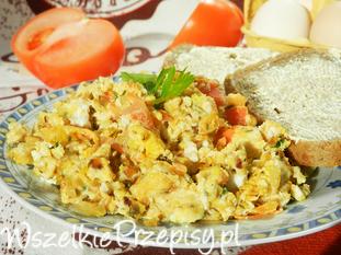 Jajecznica na cebulce