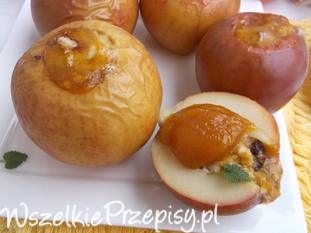 Jabłka pieczone z owsianką i dżemem z rokitnika.