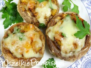 Pieczarki faszerowane ziemniakami i serem