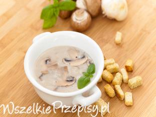 Aromatyczna zupa pieczarkowa
