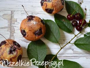 Muffiny z wiśnią