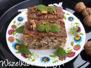 Ciasto bakaliowe z polewą czekoladą