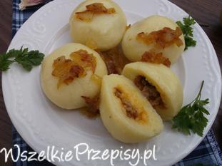 Kluski śląskie nadziewane mięsem mielonym z cebulką