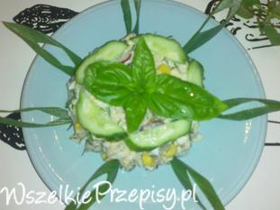 Tuńczykowa sałatka z kalafiorem