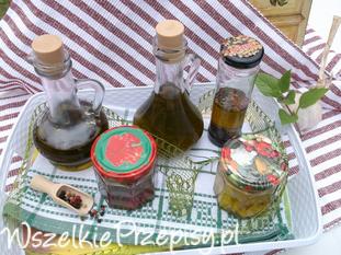 Aromatyzowane oliwy.