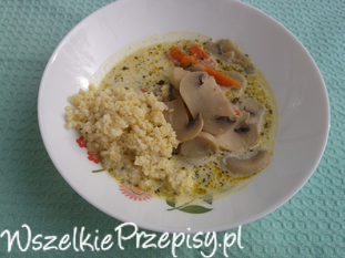 Zupa pieczarkowa z kaszą jaglaną