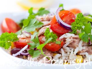 Sałatka z tuńczykiem z ryżem ekspresowa