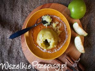 Tradycyjny przepis na pieczone jabłka