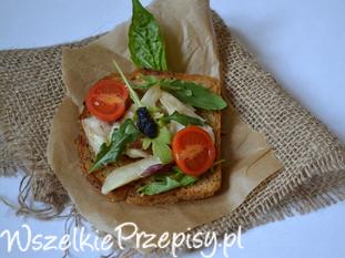 Karmazynowa kanapka