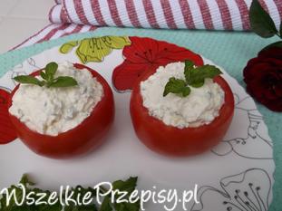 Pomidory nadziewane miętowym twarożkiem.
